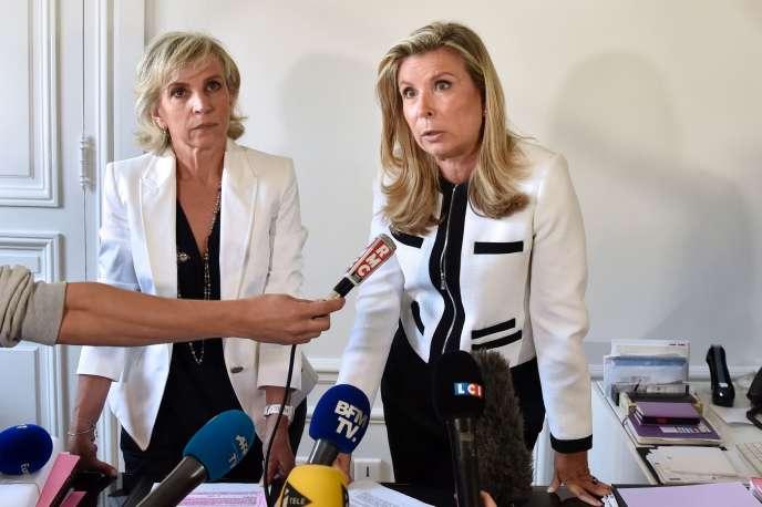 Me Nathalie Tomasini et Me Janine Bonaggiunta, avocates de Jacqueline Sauvage, le 12août 2016.