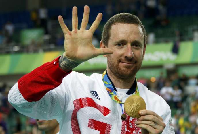 Cinq, comme le nombre de titres olympiques dans la carrière de Bradley Wiggins, après la victoire en poursuite par équipes, le 12 août 2016 à Rio.