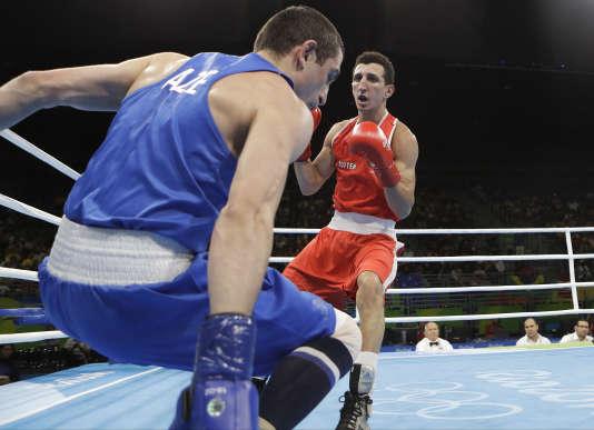 Sofiane Oumiha face à l'Azerbaïdjanais Albert Selimov, le 12 août, à Rio.