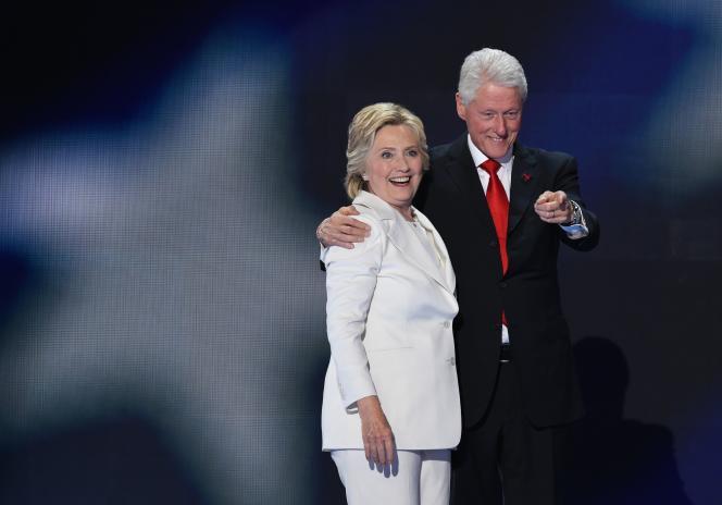 La fondationBill, Hillary & Chelsea Clinton a levé quelque 2 milliards de dollars depuis sa mise sur pied en 2001 pour des actions dans les domaines de la santé (sida, paludisme…), du développement et du climat.