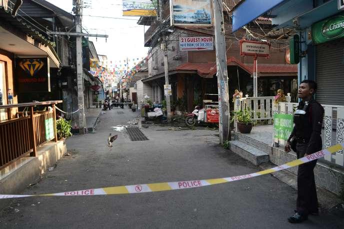 Deux explosions se sont produites, le 11 août, dans la station balénaire de Hua Hin en Thaïlande.