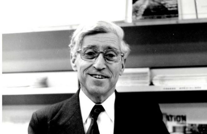 Bertrand Schwartz dans les années 1980.