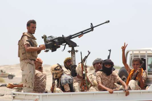 Les forces gouvernementales yéménites lors de leur victoire contre les djihadistes d'AQPA dans la province d'Abyan, le 14 août.
