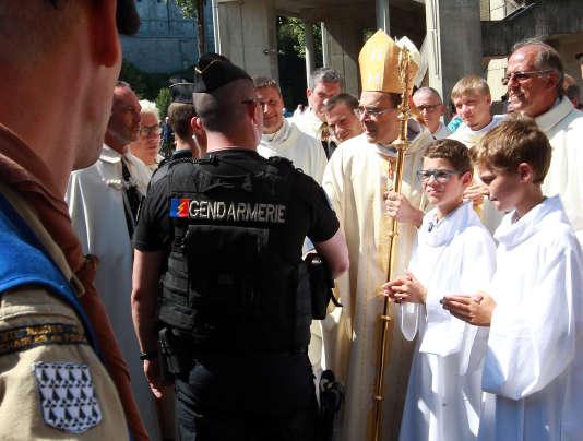 Le cardinal Philippe Barbarin, archevêque de Lyon, le 15 août, à Lourdes.