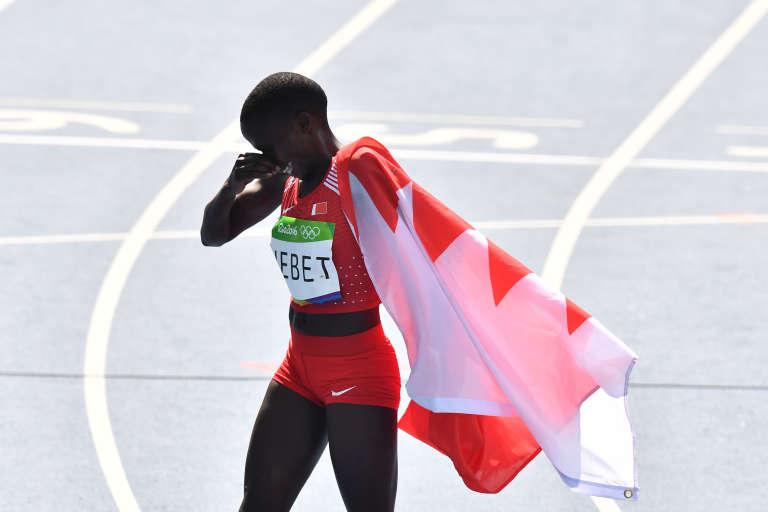 Ruth Jebet après sa victoire sur le 3 000 m steeple, le 15 août à Rio.