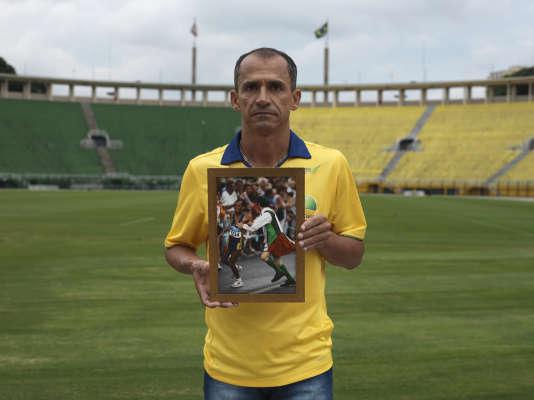 Vanderlei de Lima au stade du Pacaembu, à Sao Paulo, en mars.