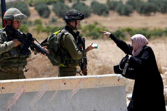 Les violences ont éclaté dans le camp à la suite de l'intervention en nombre de soldats israéliens dans la matinée.