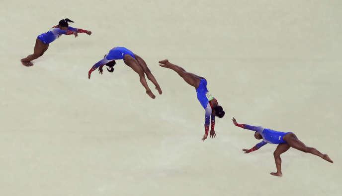 JO 2016 - gymnastique   Simone Biles f634d731231