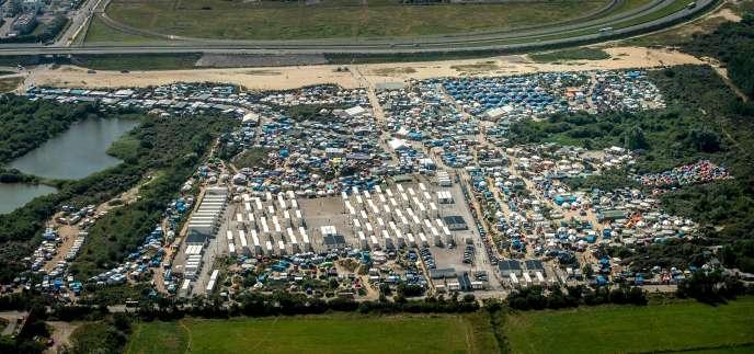 Le camp de migrants de Calais, le 16 août 2016.