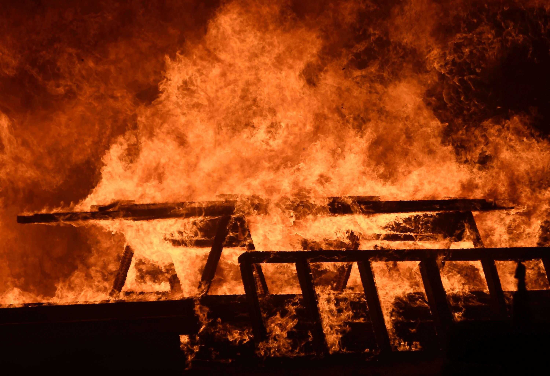 A Blue Cut, il a déjà brûlé 3600 hectares, des ranchs et des exploitations agricoles, selon le site Inciweb.
