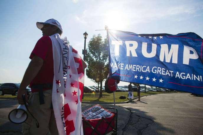 A West Bend (Wisconsin), avant le meeting de Donald Trump, le 16 août.