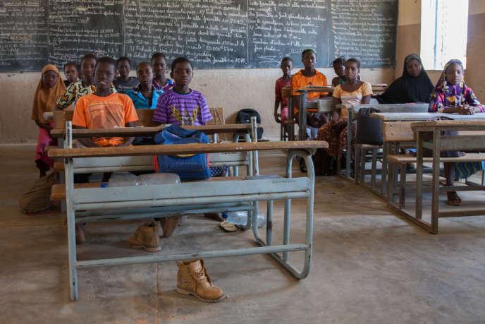 Dans la classe de Yonli Bapougouni, le pupitre vacant où Taladi s'asseyait avant d'être enlevée.