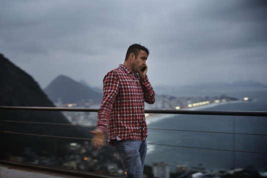 Marcus Brandao, le patron du Bar do Lage, bar branché situé sur les hauteurs de Vidigal