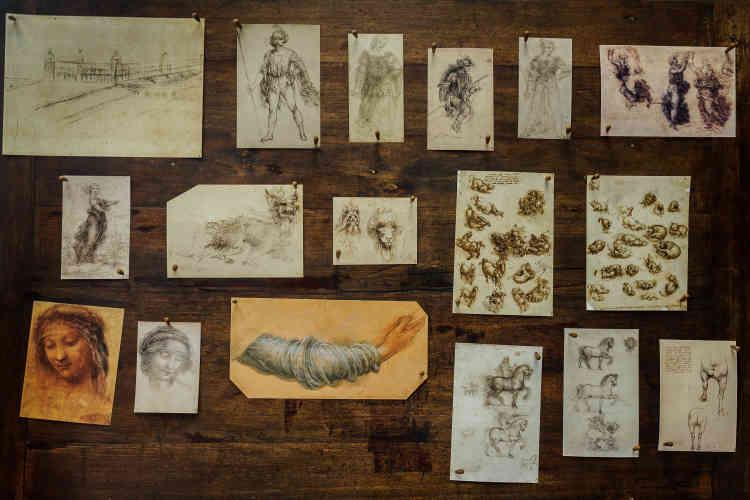 Une partie des dessins exposés dans l'atelier de Léonard de Vinci au château du Clos Lucé.