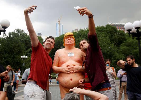 La caricature de Donald Trump sur Union Square à New York, le 18 août 2016.