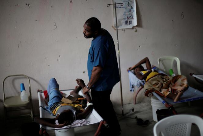 Du bout des lèvres, l'Organisation des Nations unies (ONU) reconnaît son implication dans la terrible épidémie de choléra qui frappe Haïti.