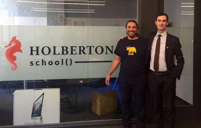 Benjamin Blandin (à droite) avec un membre de l'équipe de laHolberton School, école de programmation montée à San Francisco par des français membre du réseau While42.