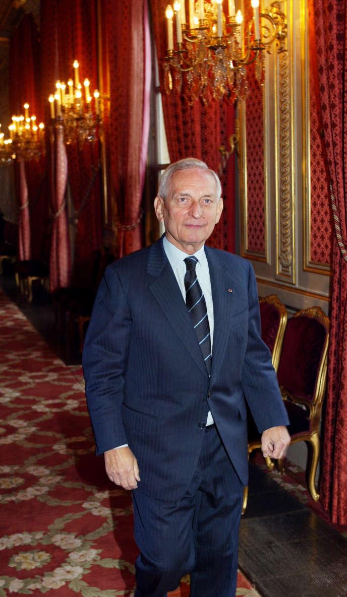 Jérôme Monod, conseiller politique du président Jacques Chirac, le 6 janvier 2003 au palais de l'Elysée à Paris.