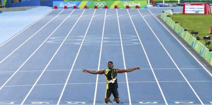 Usain Bolt, seul sur la piste du stade Engenhao, vendredi 19 août.