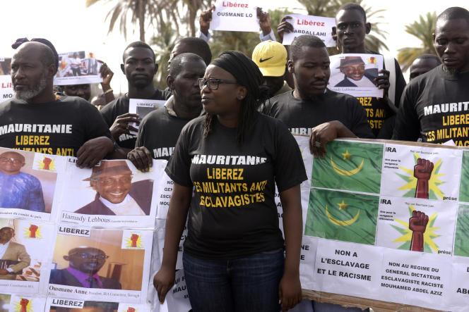 Manifestation pour la libération de militants anti-esclavagistes mauritaniens, à Nouakchott, le 3 août 2016.