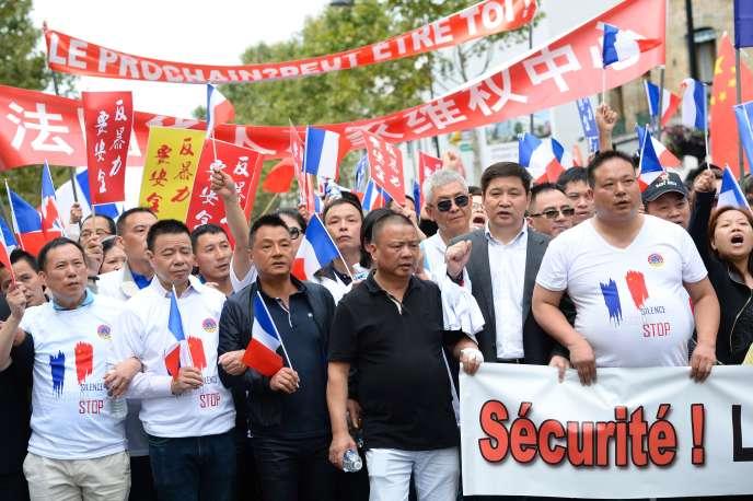 Manifestation de la communauté chinoise pour la sécurité, le 21 août, à Paris.