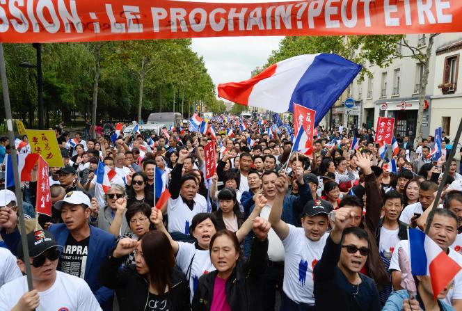 Dans la manifestation à Aubervilliers.