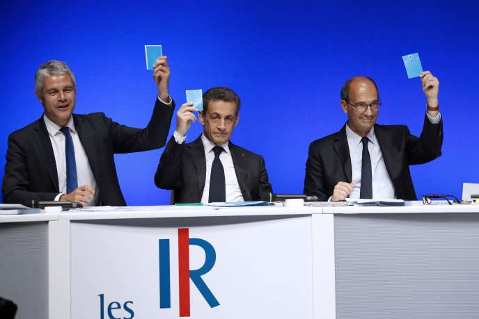 Laurent Wauquiez, Nicolas Sarkozy et Eric Woerth lors d'un conseil national des Républicains en juillet 2016.