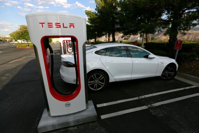 Une Model S Tesla, à Cabazon, en Californie, le 18 mai.