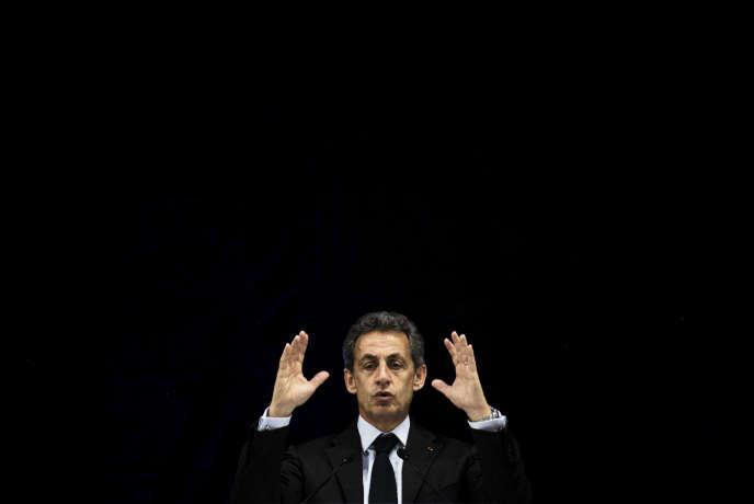 Nicolas Sarkozy à Jonage (Auvergne) le 12 mai 2016.