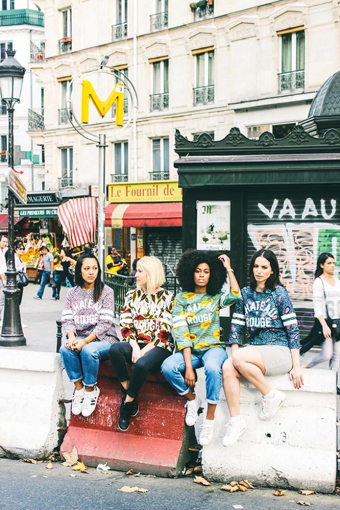 Installé dans le 18e arrondissement, le label MaisonChâteau Rouge fabrique des vêtements en waxà partir de tissus achetés dans le quartier.