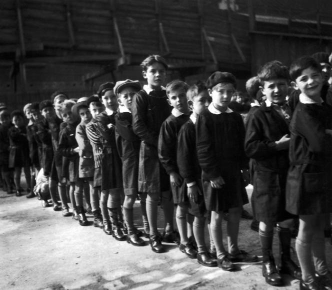 L'école communale de Gentilly, en 1930.