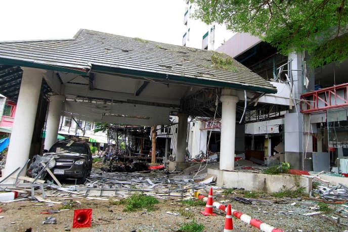 Après l'attentat survenu mardi 23 août au soir devant un hôtel de Pattani, dans le sud de la Thaïlande.