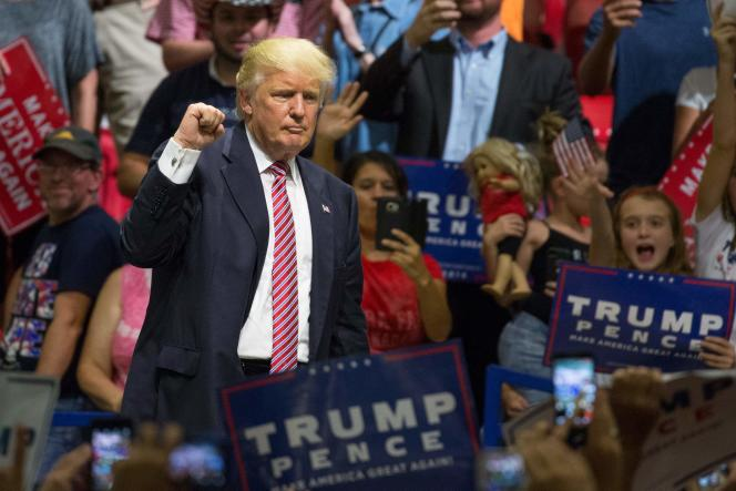 Donald Trump à la fin de son discours lors d'un meeting électoral à Austin (Texas), le 23 août.
