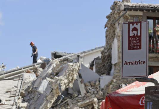 La vieille ville a payé un lourd tribut au séisme.