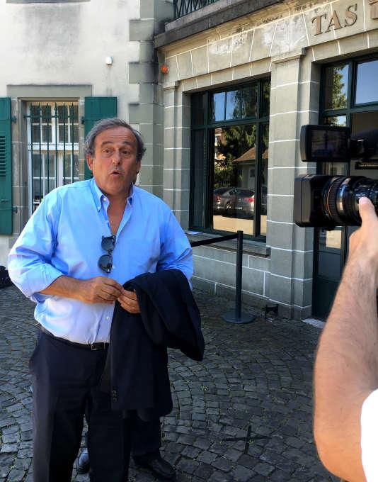 Michel Platini, le 25 août, à la sortie du Tribunal arbitral du sport de Lausanne.