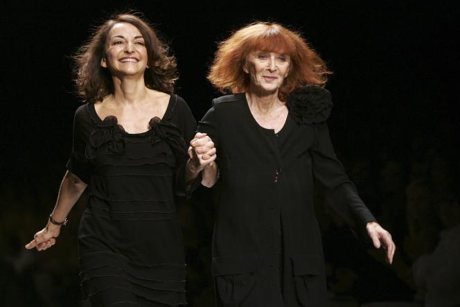 Avec sa fille Nathalie Rykiel en 2006.