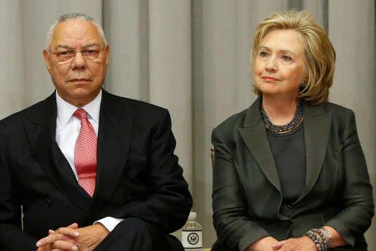 Colin Powell et Hillary Clinton, au département d'Etat, en septembre 2014.