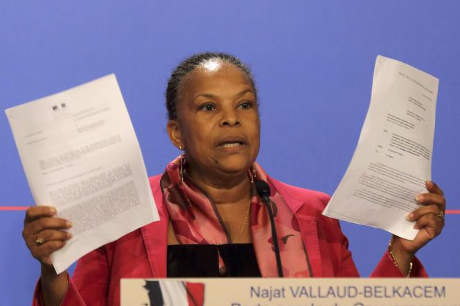 Christiane Taubira, le 12 mars 2014, alors ministre de la justice, lors d'un point presse pendant lequel elle affirmait n'avoir jamais été informée du détail des écoutes Sarkozy.