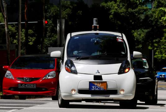 Les premiers taxis sans chauffeur ont commencé à circuler jeudi 25 août, à Singapour.