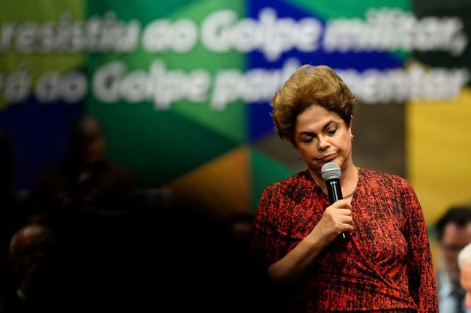 Dilma Rousseff lors d'un rassemblement du Parti des travailleurs àBrasilia, le 24 août 2016.
