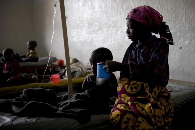 Dans un hôpital de Médecins sans frontières en 2008 à Goma, en RDC, où le choléra sévit chaque année.