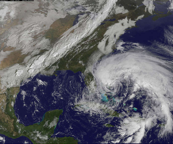Image satellitaire de l'ouragan Sandy, le 26 octobre 2012.