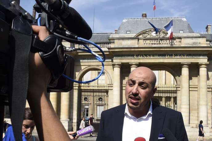 «Les mêmes qui parlent de laïcité à longueur d'année la piétinent allègrement dès lors qu'il s'agit de dicter aux musulmans la manière d'organiser leur culte»(Photo: Marwan Muhammad, directeur exécutif du Collectif contre l'islamophobie en France).