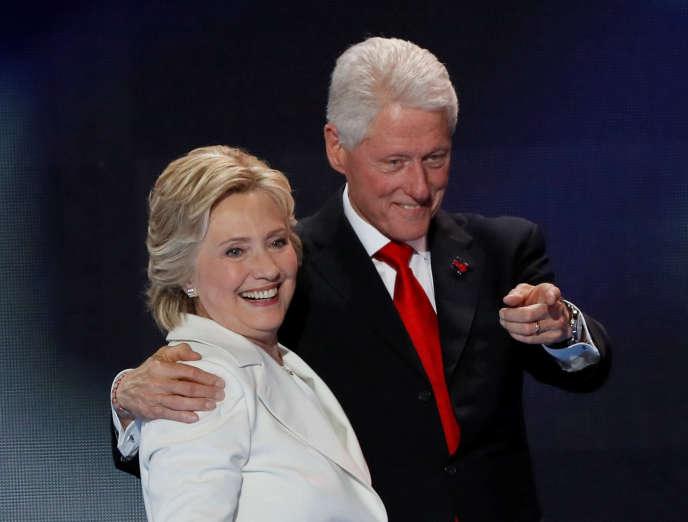 Hillary et Bill Clinton à Philadelphie, le 28juillet, au dernier jour de la convention du Parti démocrate.