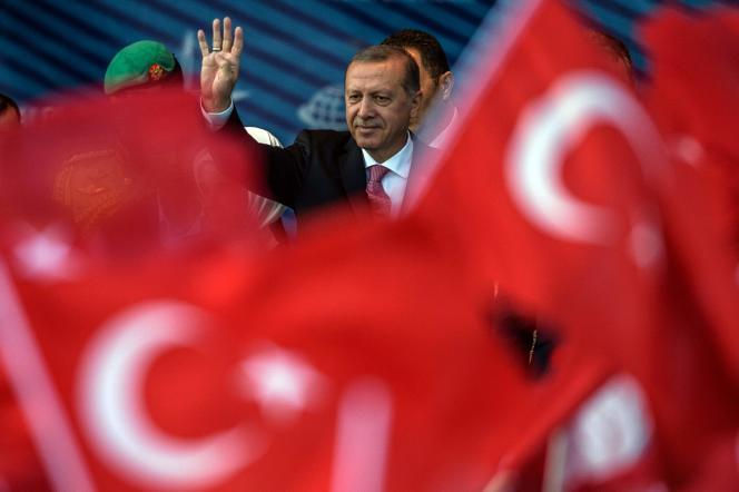 Le président turc, Recep Tayyip Erdogan, est lui-même issu d'une école religieuse.