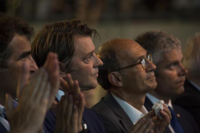 Christian Jacob, François Baroin,Eric Woerth et Laurent Wauquiez, le 25 août, lors du premier meeting de campagnede Nicolas Sarkozy, à Châteaurenard.