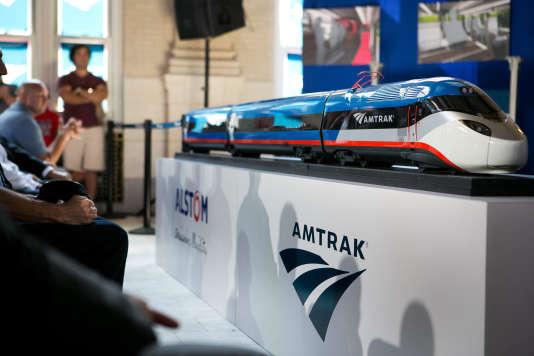 Présentation du futur train à grande vitesse qui reliera Washington et Boston, à Wilmington (Delaware), le 26 août.