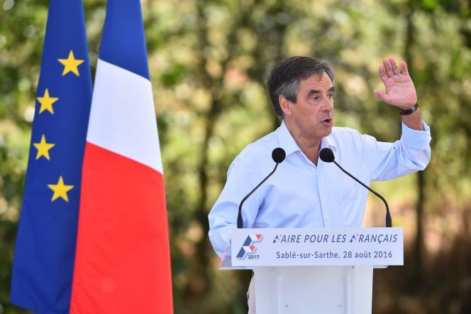 François Fillon à Sablé-sur-Sarthe, le 28 août.