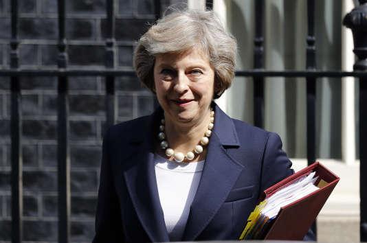 La première ministre britannique, Theresa May, a porté le projet de loi sur le renseignement, à l'époque où elle était ministre de l'intérieur.
