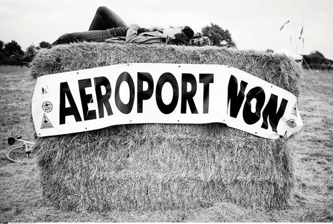 Les opposants au projet d'aéroport à Notre-Dame-des-Landes se sont rassemblés le 10 juillet 2016.